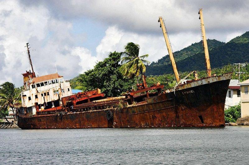 caribean shipwreck