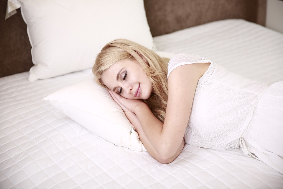 lady sleeping in hotel